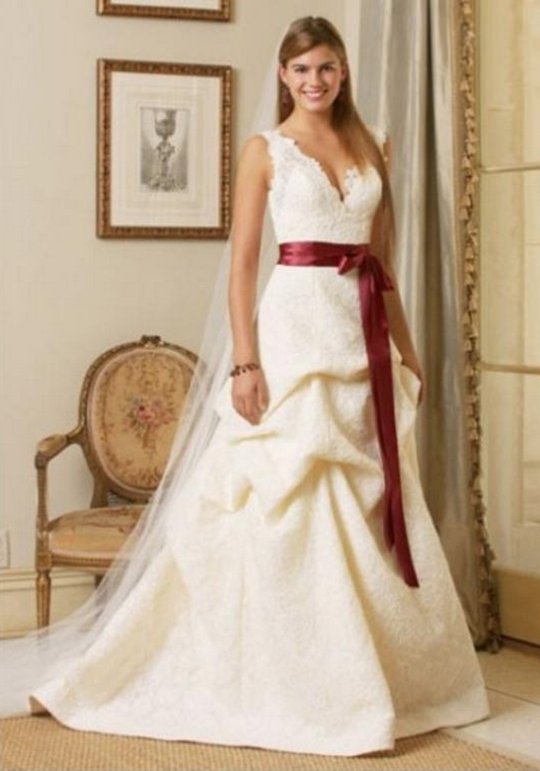 Published may 28 2015 at 776 1108 in designers for Orlando wedding dress shops